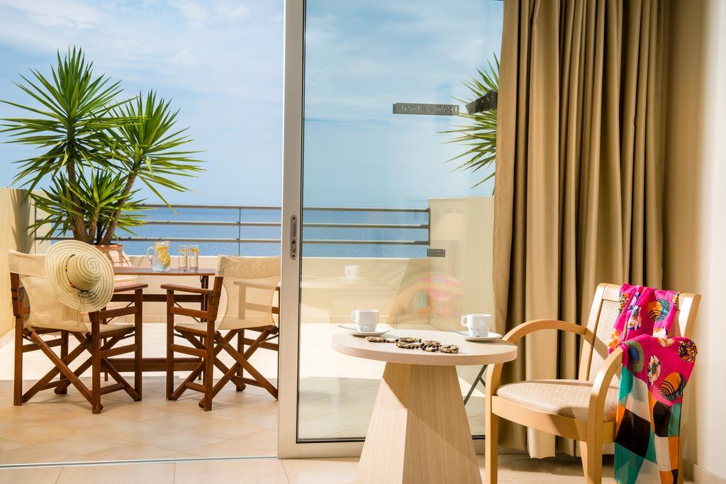 Blue Marine Resort & Spa, Лассіті ціни