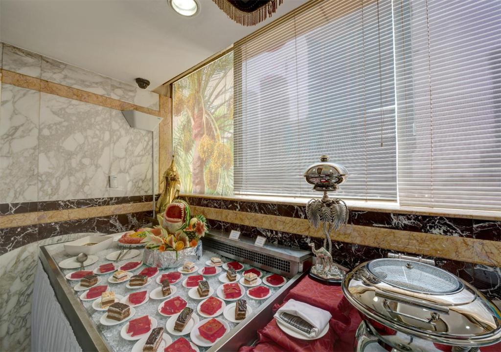 Отзывы гостей отеля Sharjah Palace Hotel