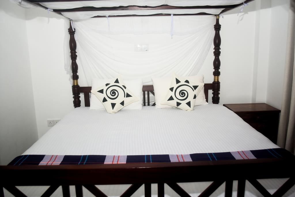 Хиккадува Villa De White Sambur цены