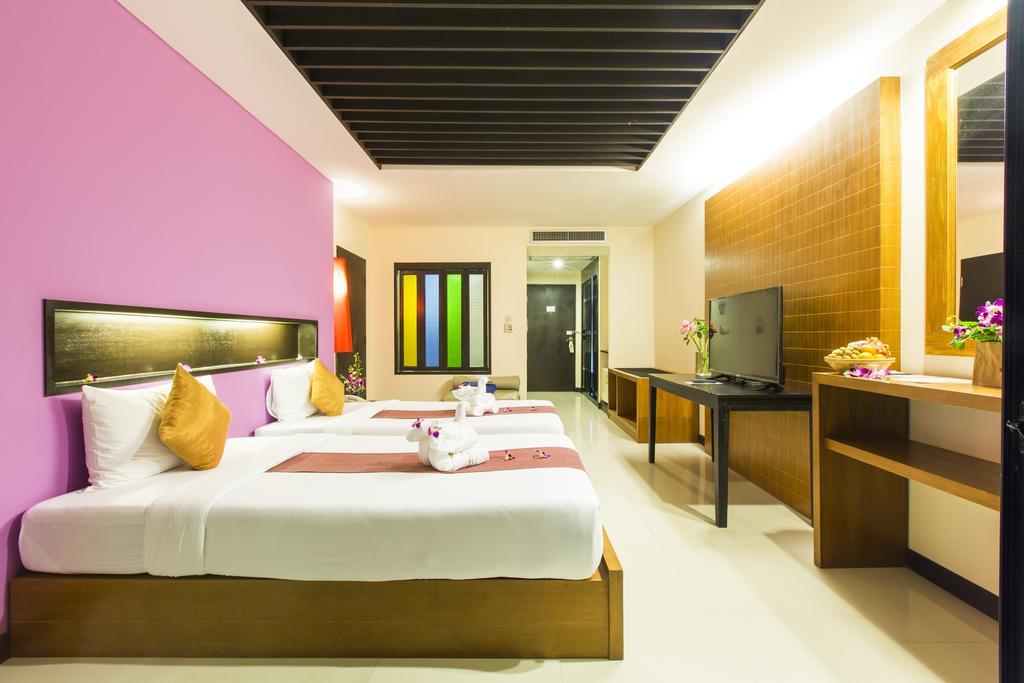 Фото готелю Phuvaree Resort