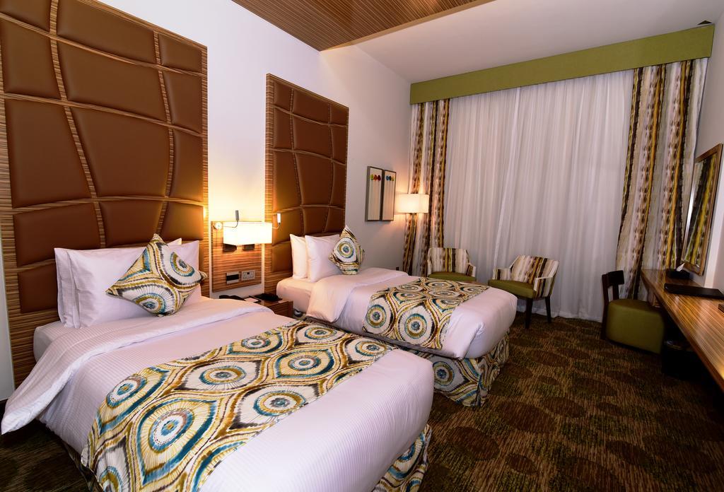 Дубай (город), Pearl Creek Hotel, 4