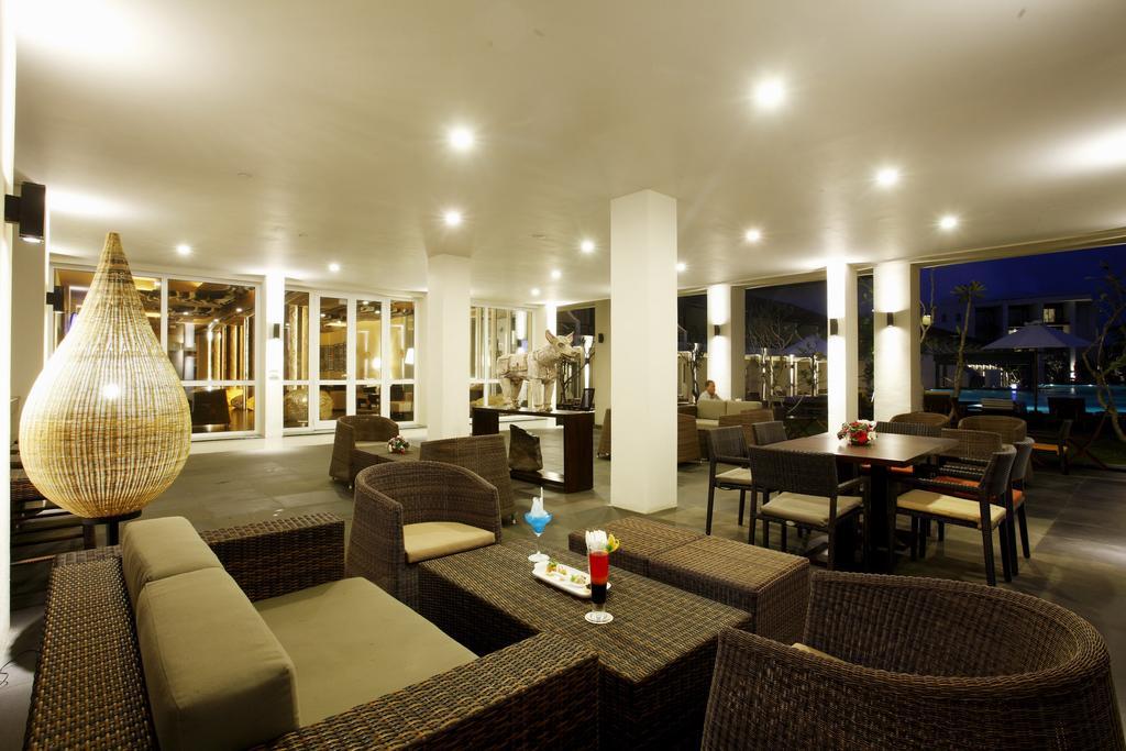 Ціни в готелі Centara Ceysands Resort & Spa