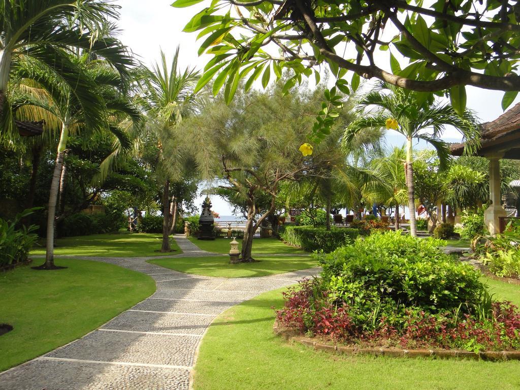 Фото отеля Arya Amed Beach Resort