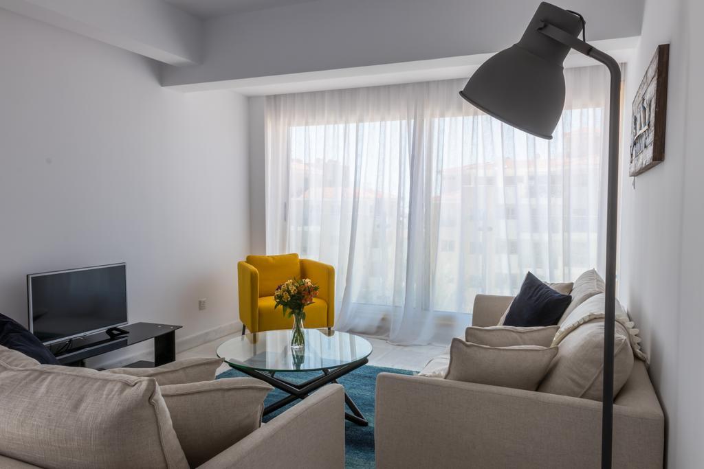 Отдых в отеле Elysia Park Holiday Residences Пафос
