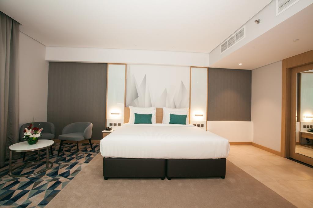 Фото отеля Flora Inn Hotel