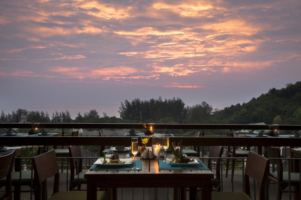 Гарячі тури в готель Mandarava Resort & Spa пляж Карон
