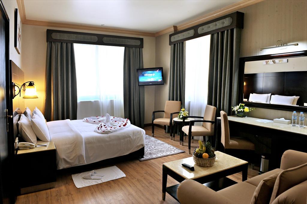 Signature Inn Hotel Al Riqqa, Дубай (город), фотографии туров