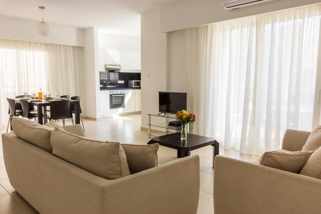 Пафос Elysia Park Holiday Residences