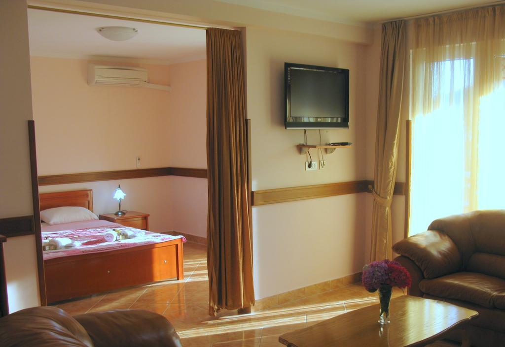Отдых в отеле Koral