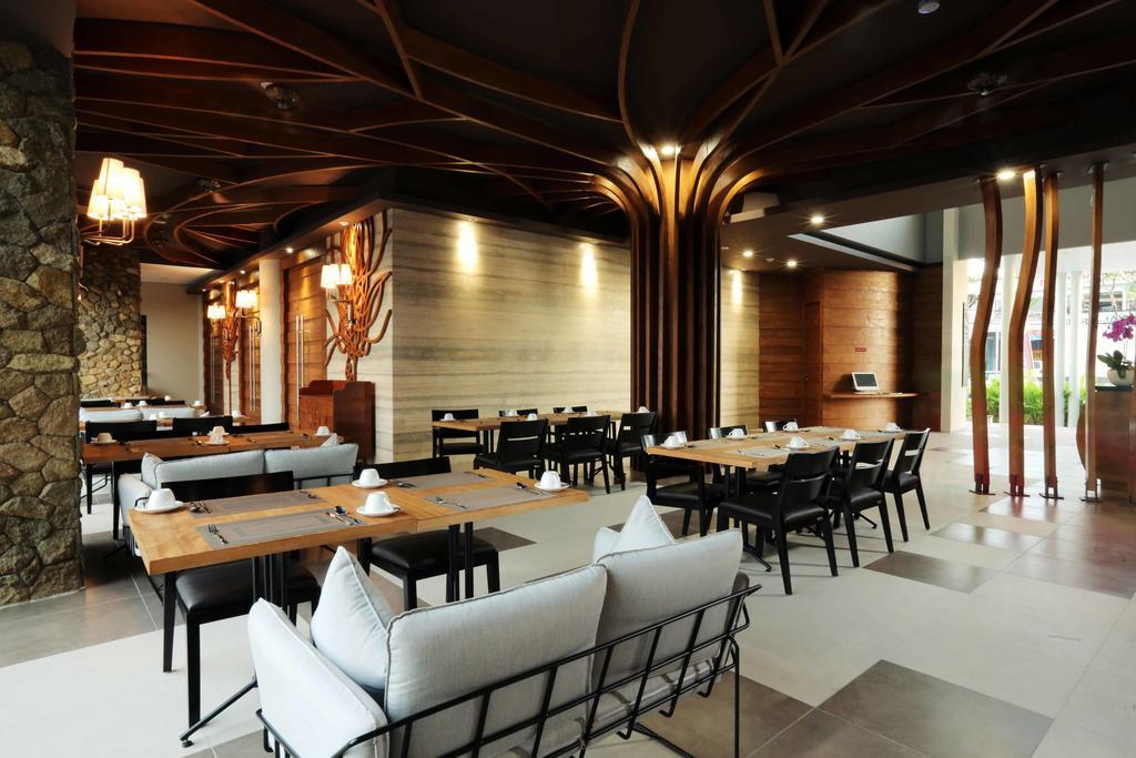 Горящие туры в отель Mahogany
