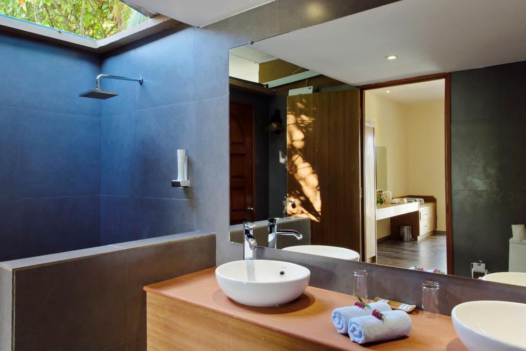 Фото отеля Eriyadu Island Resort