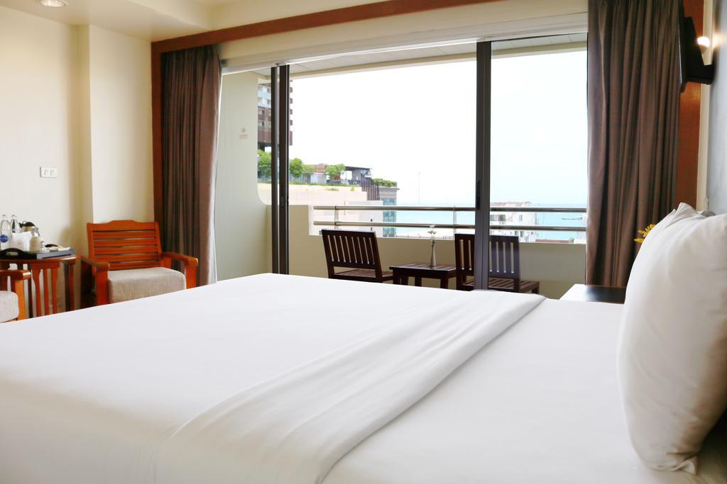 Отдых в отеле Sunshine Hotel & Residence Паттайя