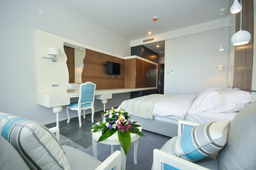 Отель, Будва, Черногория, Bracera Hotel