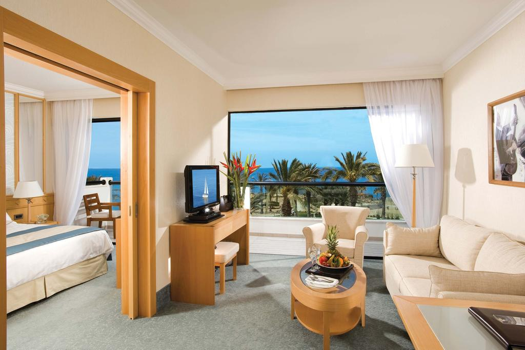 Отзывы гостей отеля Constantinou Bros Asimina Suites Hotel (ex. Constantinou Bros Pioneer Beach Hotel)