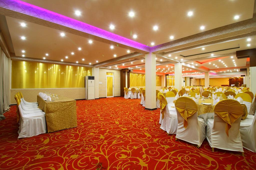 Горящие туры в отель Rock Fort Hotel & Spa Унаватуна Шри-Ланка