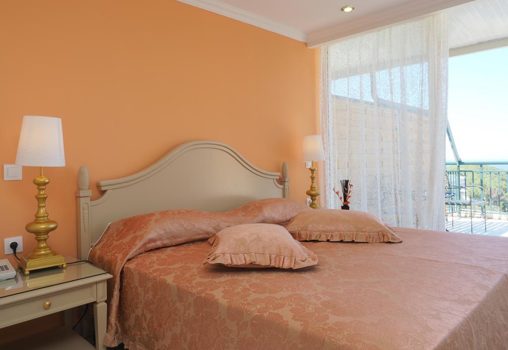 Гарячі тури в готель Paleo Art Nouveau Hotel (ex. Paleokastritsa Hotel) Корфу (острів)