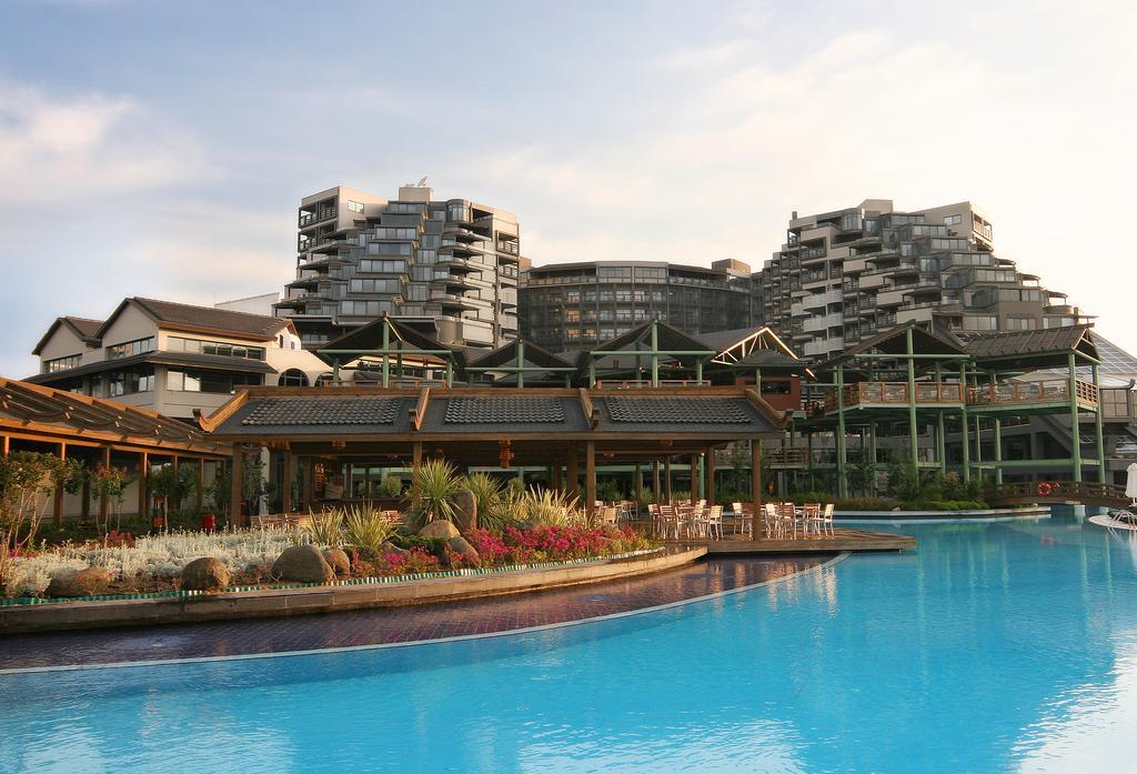 Limak Lara De Luxe Hotel & Resort, Анталія ціни