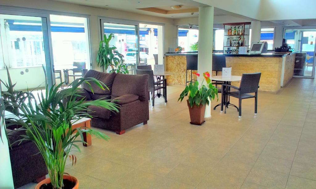 Daphne Hotel Apartments, Кипр, Пафос, туры, фото и отзывы
