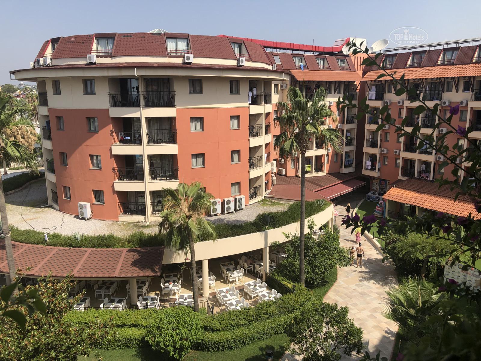 Palmeras Beach Hotel, фотограції туристів