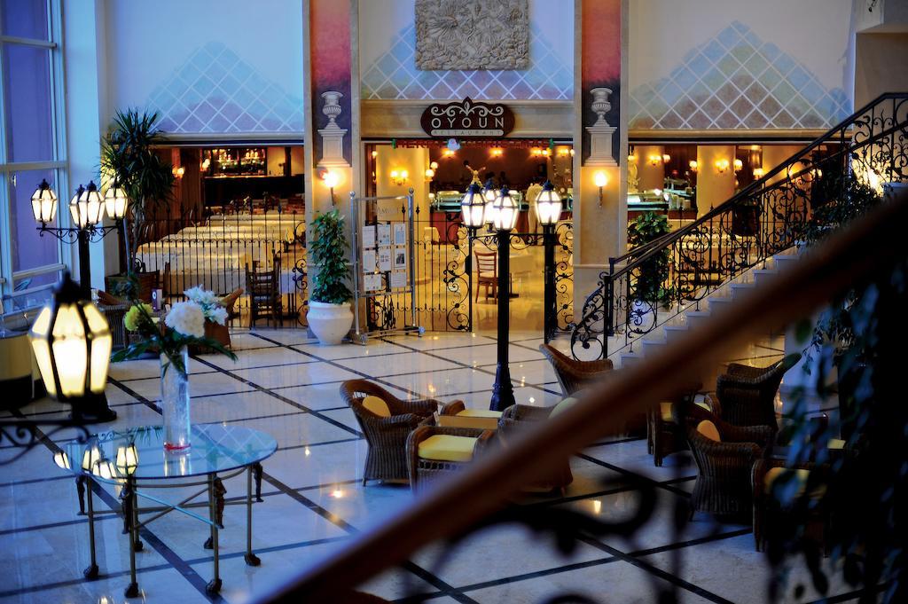 Туры в отель Amwaj Oyoun Resort & Spa (ex. Millennium Oyoun)