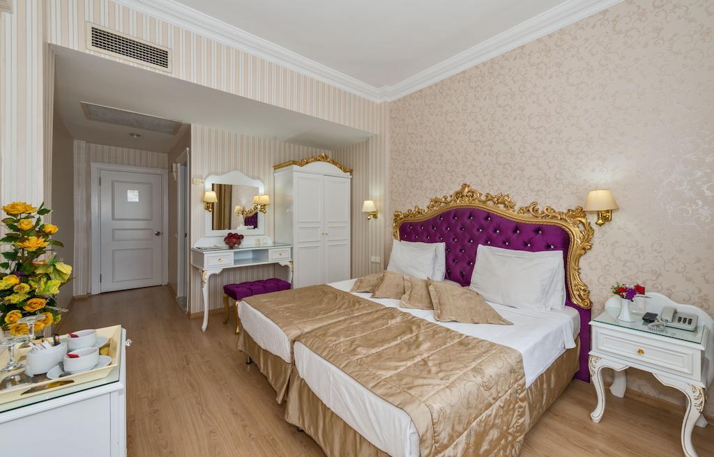 Горящие туры в отель Santa Sophia Hotel Стамбул
