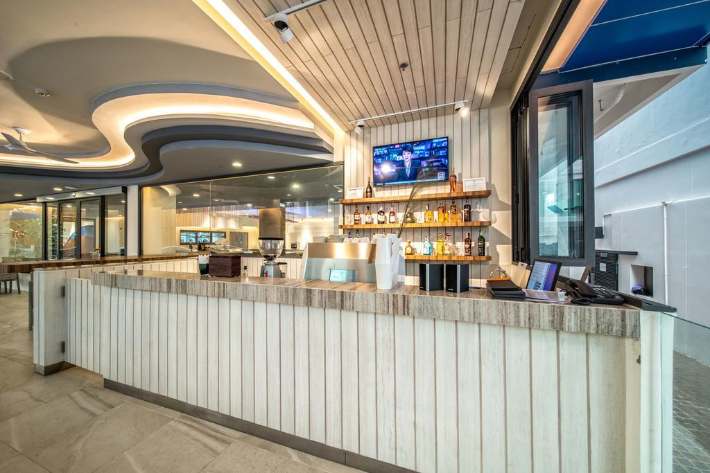 Отзывы гостей отеля Surf Hotel Patong (Hotel Clover Patong)