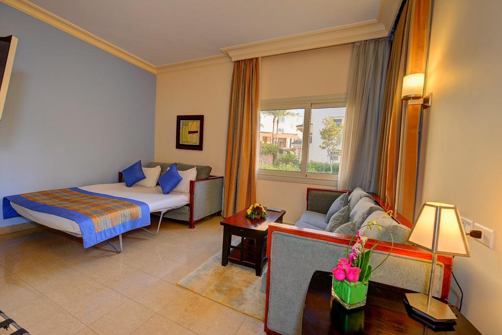 Відгуки про готелі Stella Di Mare Beach Hotel
