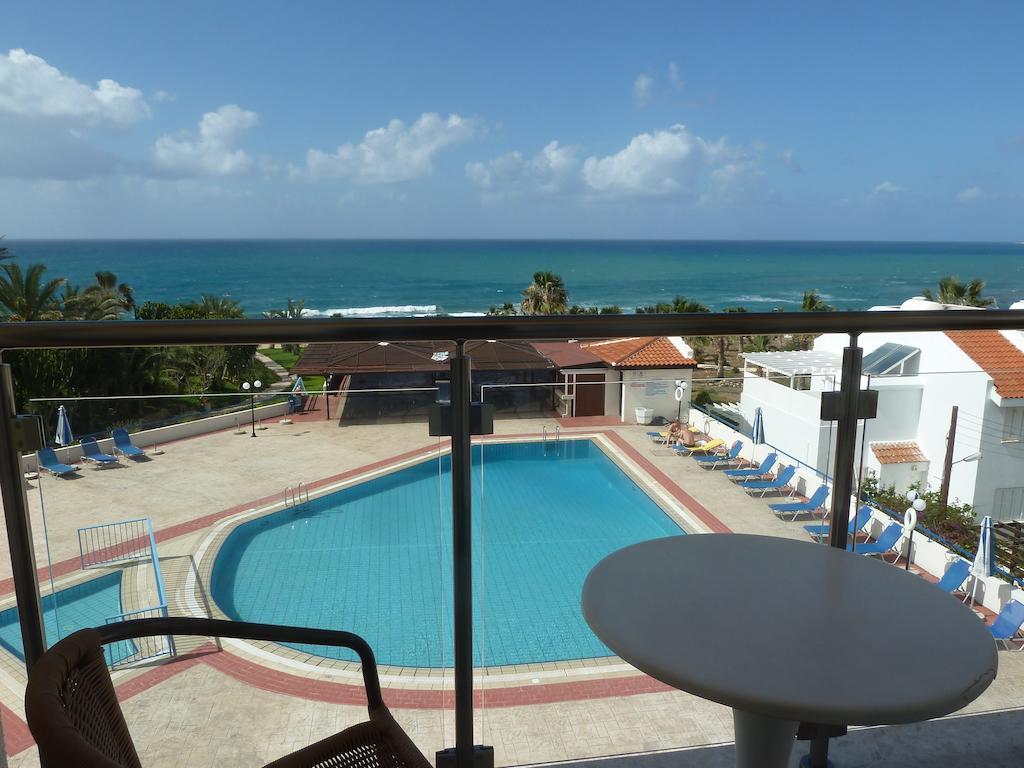 Helios Bay Hotel Apts фото туристов