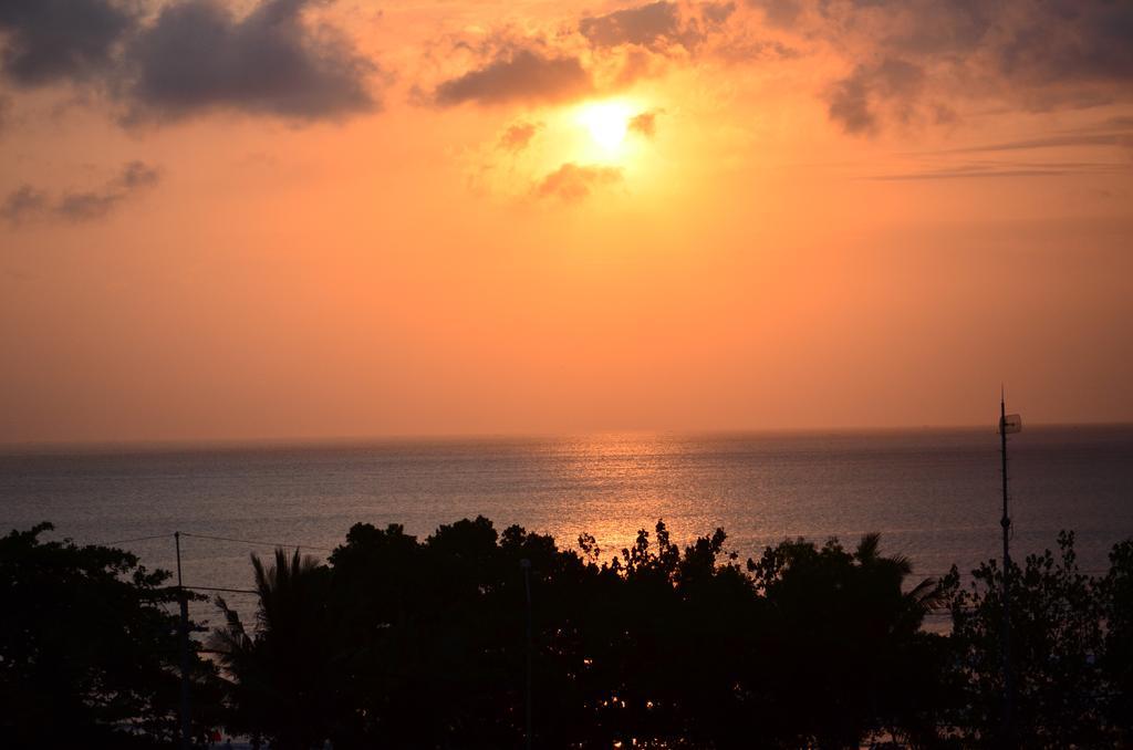 Отзывы об отеле Best Western Kuta Beach