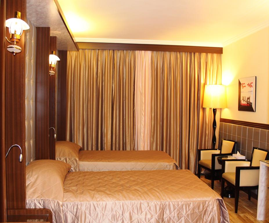 Фото готелю Al Khaleej Grand Hotel