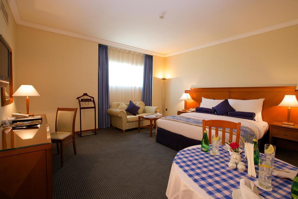 Lavender Hotel Sharjah, Шарджа, ОАЭ, фотографии туров
