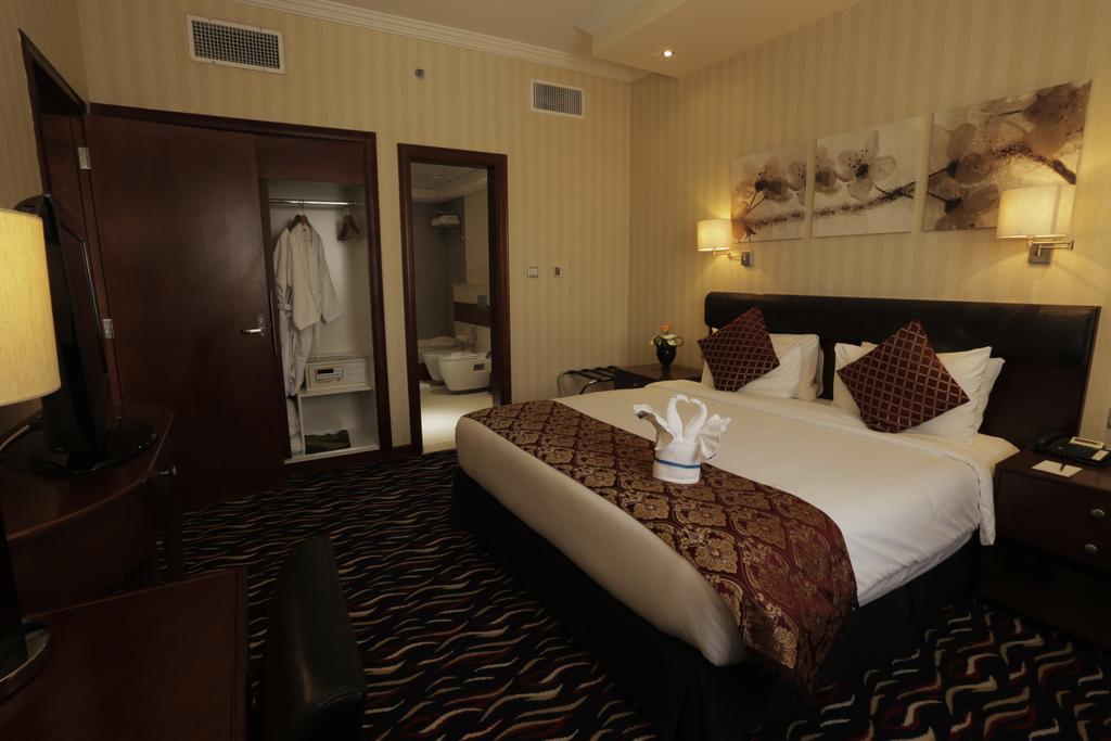 ОАЭ Cassels Al Barsha Hotel