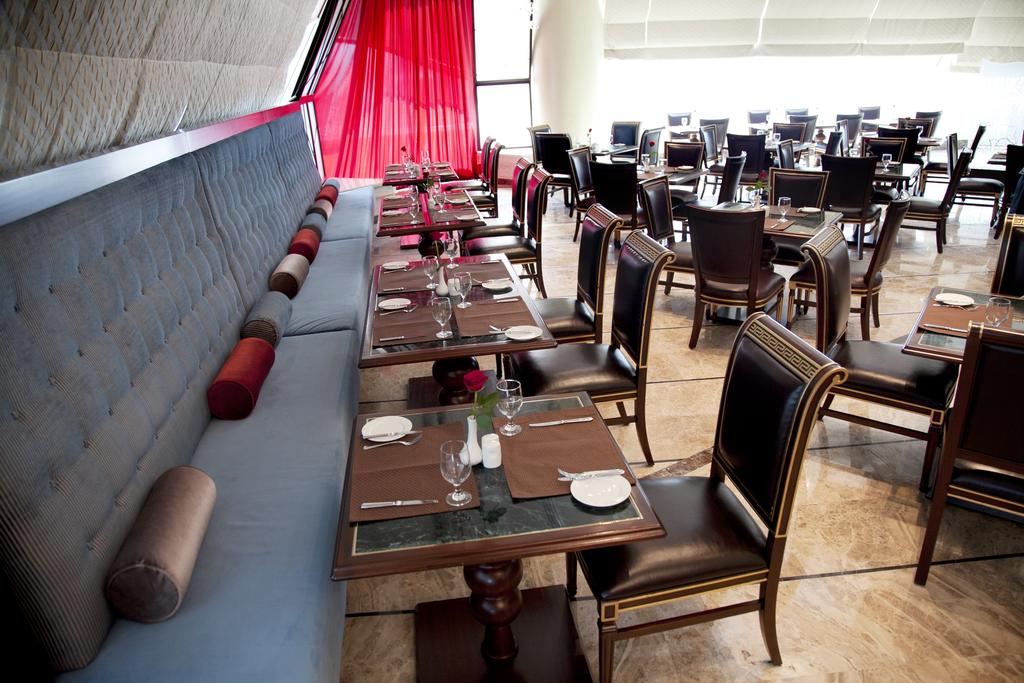 Grand Excelsior Hotel ОАЭ цены