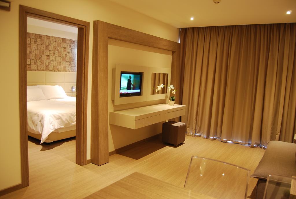 Горящие туры в отель Melpo Antia Hotel & Suites Айя-Напа
