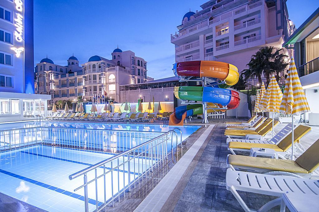 Kolibri Hotel фото та відгуки