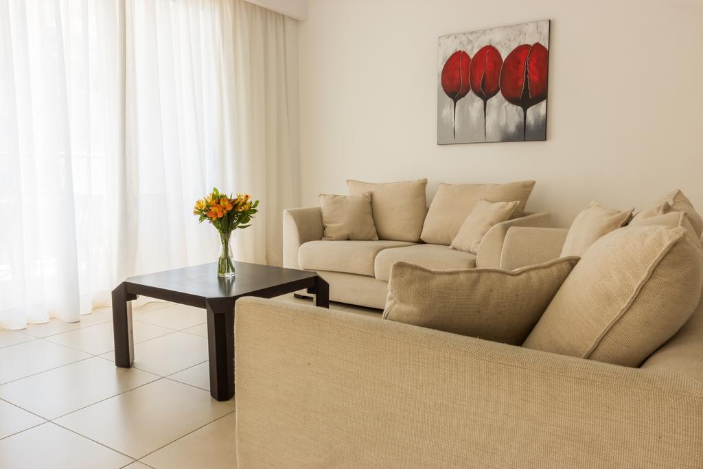 Elysia Park Holiday Residences, Пафос цены
