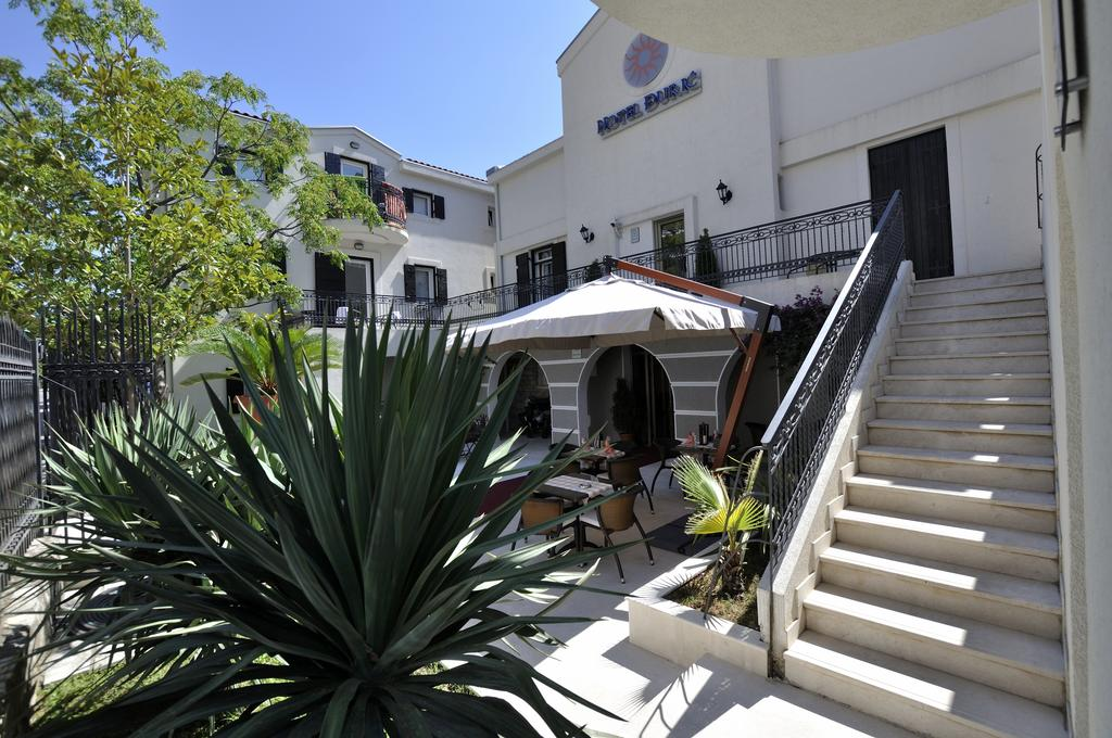 Гарячі тури в готель Djuric