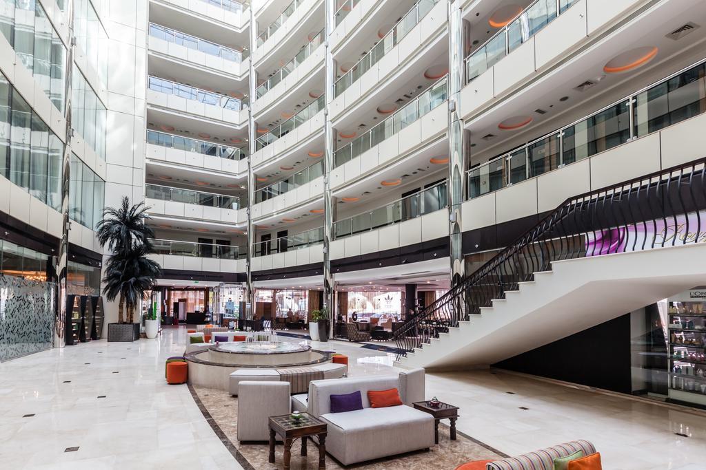 Holiday Inn Al Barsha, ОАЭ, Дубай (город), туры, фото и отзывы