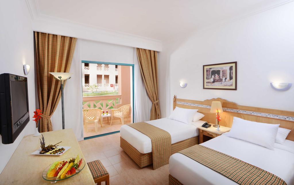 Горящие туры в отель Albatros Aqua Park Resort (ex. Albatros Garden) Хургада Египет