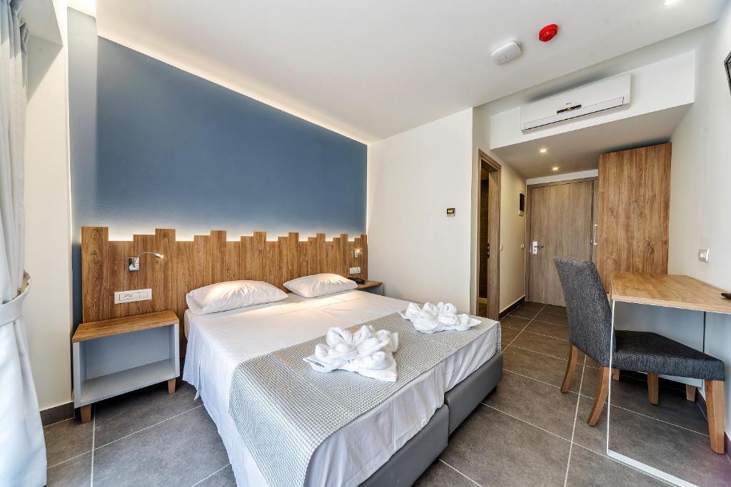 Гарячі тури в готель Pollis Hotel Іракліон