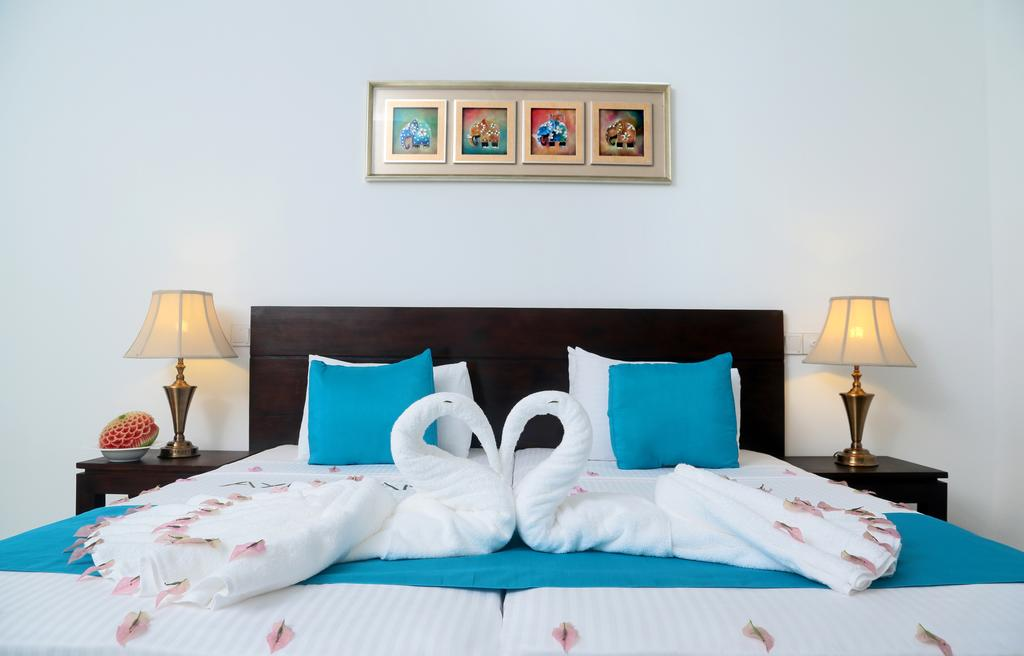 Отдых в отеле Coco Royal Beach Resort Калутара