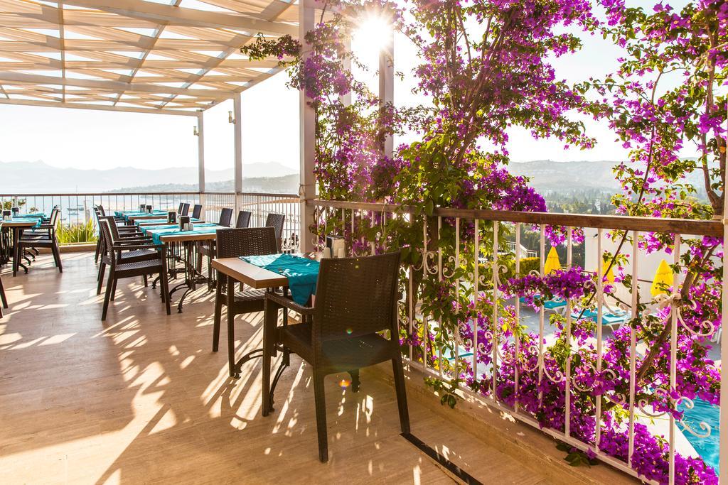Riva Bodrum Resort (ex. Art Bodrum Hotel) фото туристів