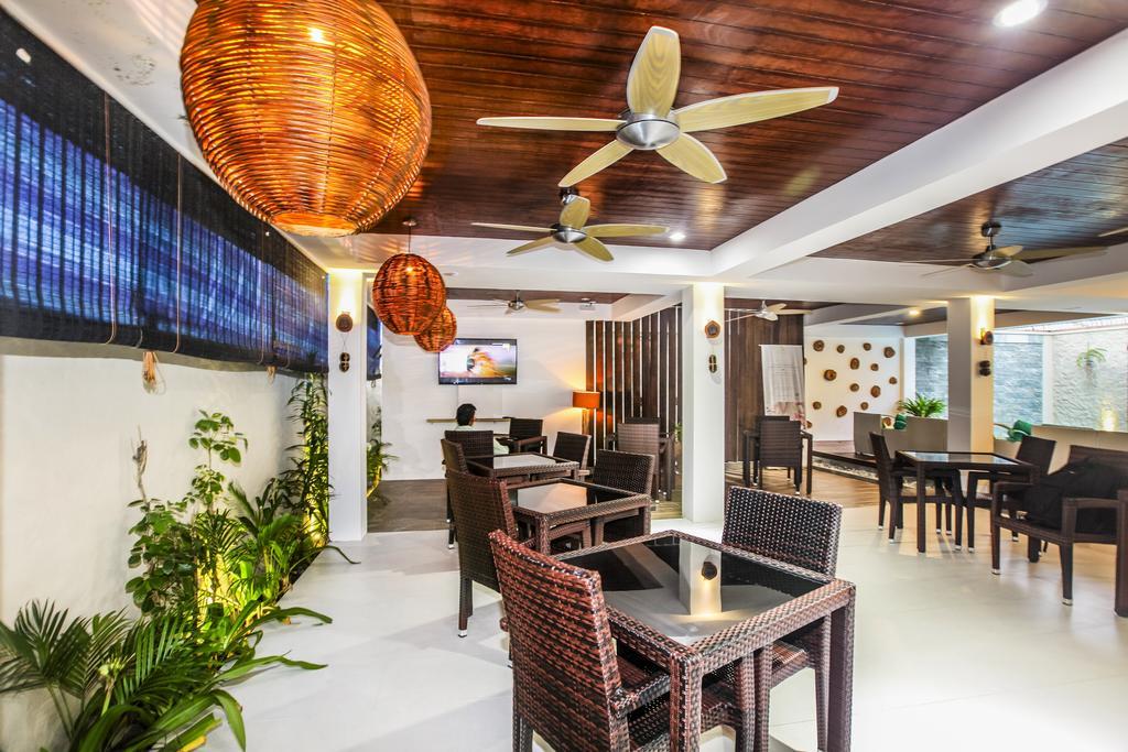 Каафу Атолл Beachwood Hotel
