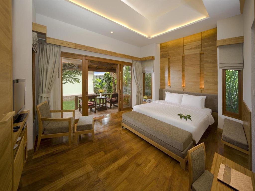 Горящие туры в отель Thai House Beach Resort