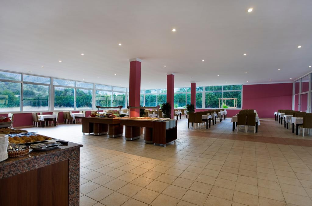 Тури в готель Castle Park Hotel (ex.Larissa Park) Кемер Туреччина