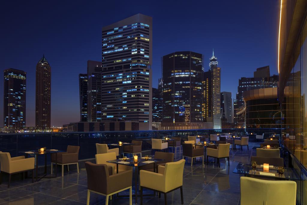 Radisson Blu Hotel Dubai Waterfront, фотографии туристов
