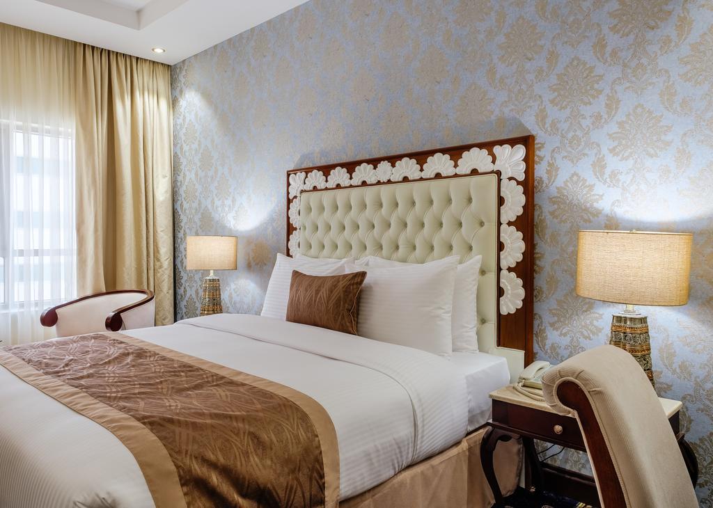 Tulip Inn Al Khan Hotel фото и отзывы