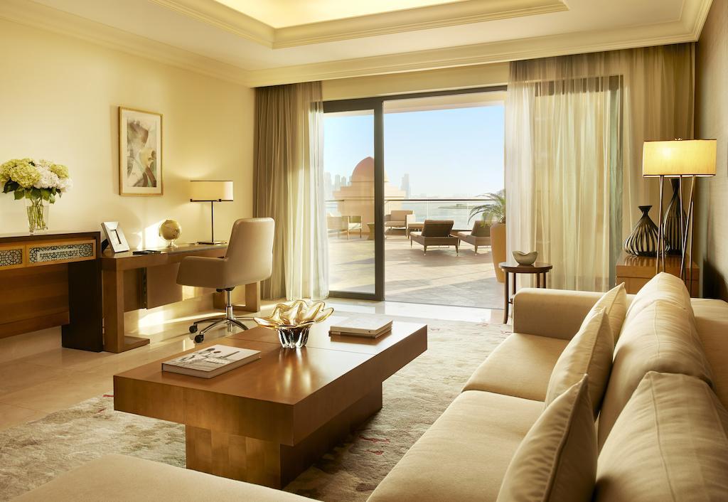 Фото готелю Fairmont The Palm