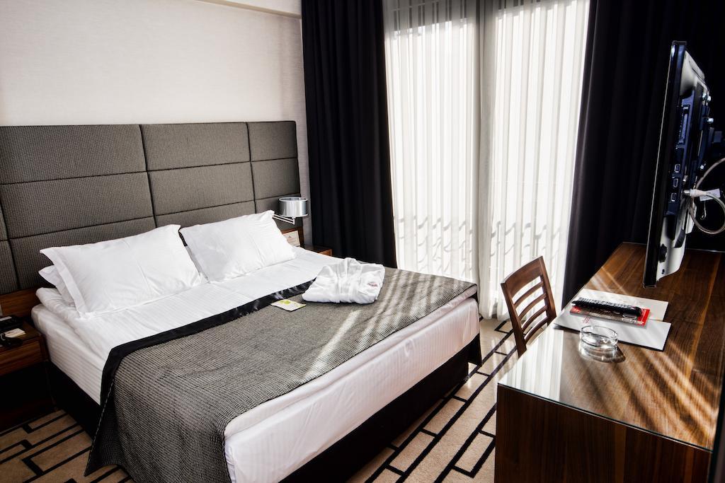 Туры в отель Cihangir Hotel Стамбул Турция