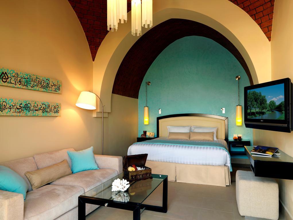 Відгуки про готелі The Cove Rotana Resort Ras Al Khaimah